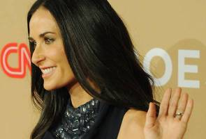 Demi Moore signs on to 'Rock That Body'