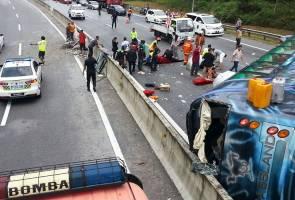 14 injured after bus skids at KL-Karak Highway