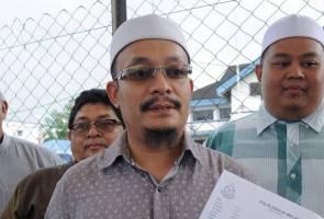 Kazim Elias buat laporan polis terhadap Syed Azmi dan Wardina