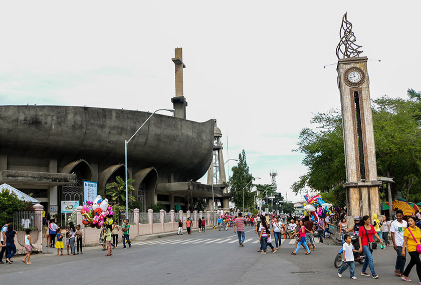 A scene outside San Pedro Church in Davao city. - Karim Raslan Photo