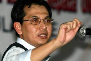 Terpulang kepada Ezam, janji bukan UMNO dan BN - Azmin
