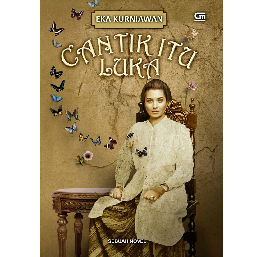 The cover of the original version novel titled 'Cantik Itu Luka' by Eka Kurniawan.