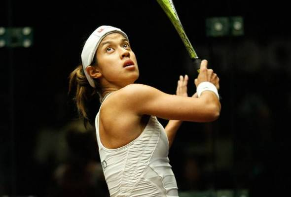Malaysia's top women squash player, Datuk Nicol David breezed through to the quarterfinals of the TOC being held in New York, on Monday.