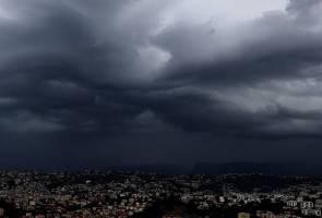Amaran cuaca buruk berterusan di Pahang dan Johor