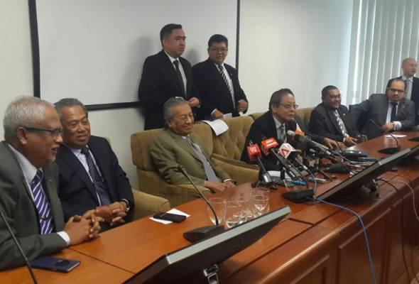 Mahathir perlu sedar dirinya hanya boneka pembangkang - Tengku Sariffuddin