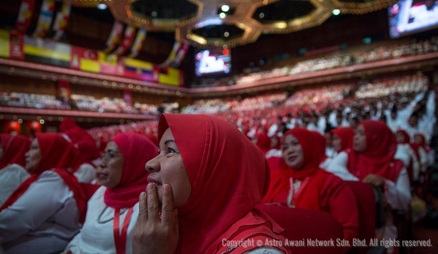 LAPOR LANGSUNG: Perhimpunan Agung UMNO 2016 (Hari Kedua)
