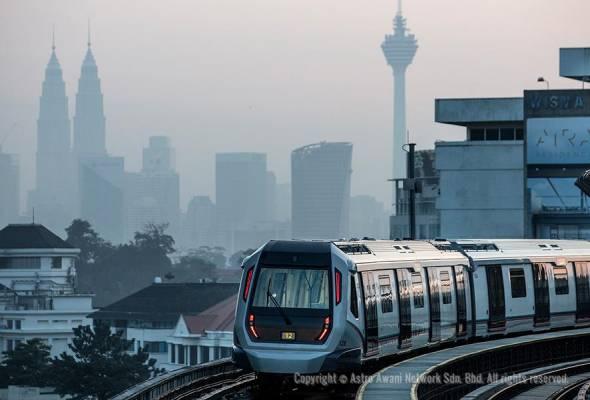 Fasa pertama MRT laluan Sungai Buloh - Kajang (SBK) memulakan operasi secara rasmi hari ini bermula 6 pagi membabitkan 12 stesen.