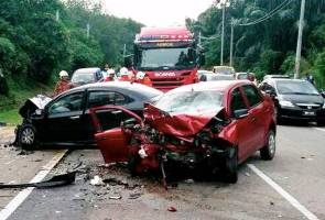 Four of a family killed in accident in Tampin