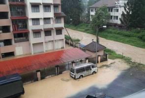 Flash flood hits Tanah Rata, Cameron Highlands