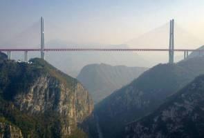 Jambatan tertinggi di dunia kini sedia digunakan