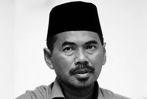 He was found unconscious in his house at around 9am, according to Utusan Online, quoting his special secretary Mohamad Fariq Roslan.