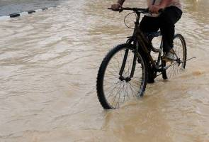 Five villages in Baling hit by flash flood