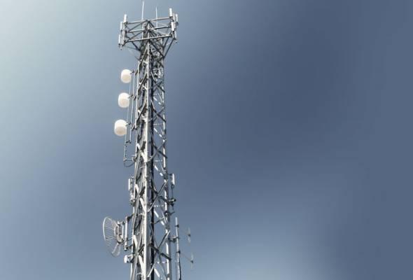 Pembinaan menara telekomunikasi berdekatan perumahan tidak bahaya