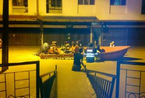 Stretches of road in Segamat, Kota Tinggi closed to light traffic