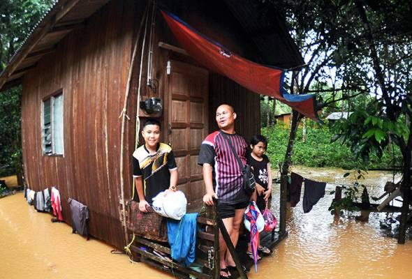 Petugas kesihatan digerakkan ke semua pusat pemindahan banjir - KP Kesihatan