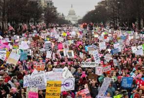 Selebriti Hollywood hangatkan Women's March