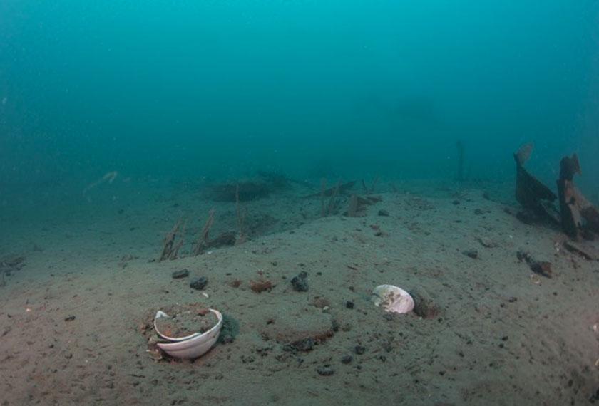 Apa lagi yang tinggal di lokasi Upside Down Wreck? - Sumber foto dirahsiakan