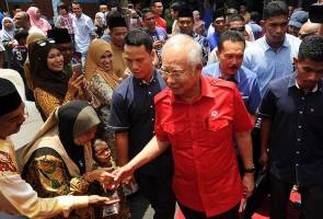 Don't let Opposition's false news jeopardise country's future - PM