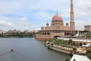 Decreasing water quality affecting Putrajaya Lake and Wetlands