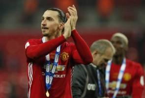 Kontrak lanjutan Zlatan terus jadi tanda tanya