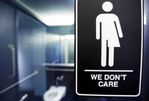 Americans oppose bathroom laws limiting transgender rights: poll
