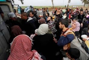 Ribuan larikan diri dari Mosul berikutan pertempuran sengit
