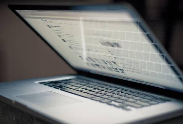 Lelaki dakwa bayar RM40,000 untuk komputer riba berharga RM1,800