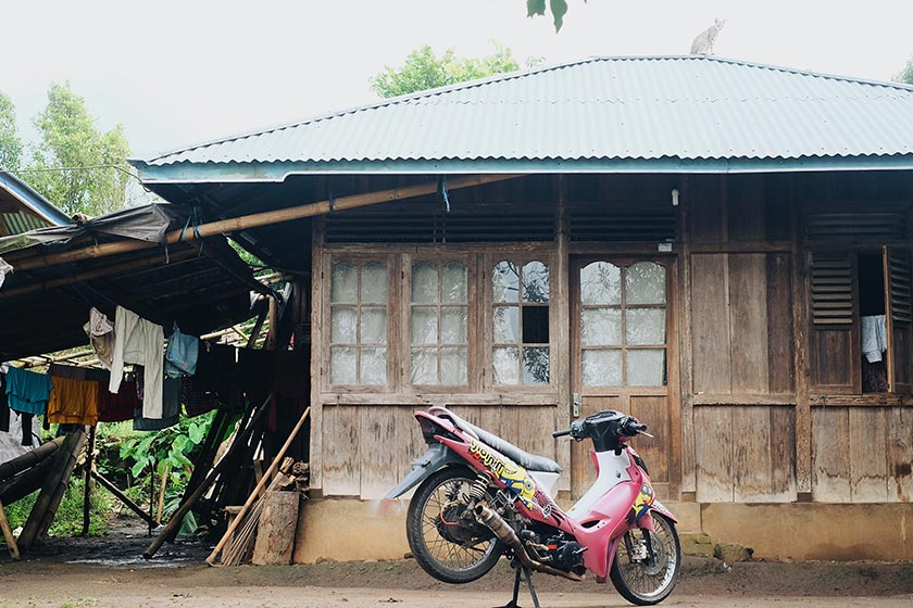 Fernando and Putri are currently staying with Putri's family in Kanonang, 20 minutes away from Bukit Kasih where Fernando works as a tour guide. Karim Raslan Photo