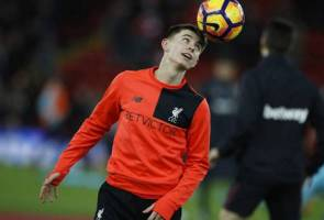 Liverpool youngster Woodburn named in Wales squad