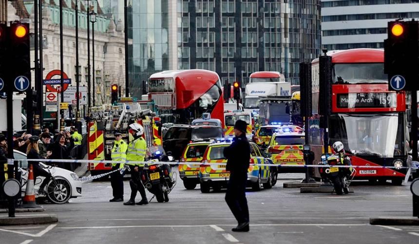 [LAPOR LANGSUNG] Serangan Westminster: Penyerang maut, orang awam cedera dalam insiden keganasan