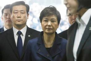 Bekas Presiden Korea Selatan didakwa dalam skandal rasuah