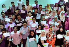 SPM: Percentage of MRSM students with 9As up