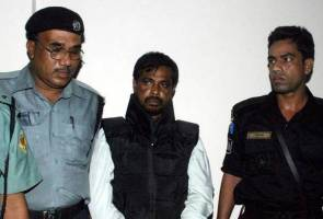 Bangladesh executes three Islamists for 2004 attack on British envoy