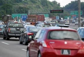 The 'balik kampung' routine and hari raya