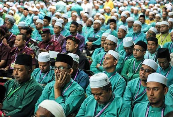 Pas delegates have agreed to end 'tahaluf siyasi' or all political cooperation with Parti Keadilan Rakyat.