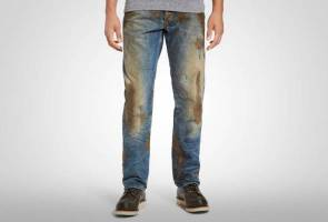 Nordstrom mud-smudged jeans priced at a whopping RM2,000. Anyone?