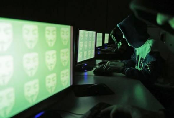 Menurutnya sebaik penjenayah siber menemukan jalan masuk ke rangkaian kediaman menerusi peranti ini, potensi menggodam secara maya tiada pen