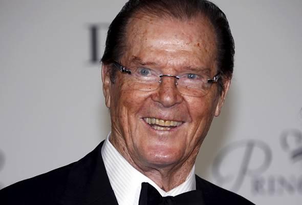 Ramai peminat Sir Roger Moore berkata kematian beliau merupakan kehilangan besar untuk industri perfileman.