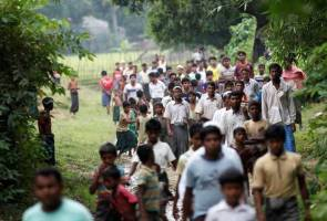 Rohingya villagers tell media of abuses during army crackdown