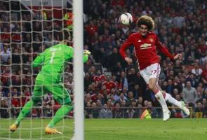 United cling on against Celta to reach Europe League final