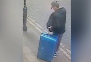 Polis Britain rayu maklumat berhubung bagasi biru muda pengebom Manchester