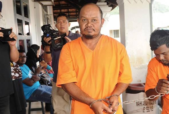 Pemandu treler yang didakwa menyebabkan lapan maut dalam kemalangan di Jempol pada Ahad didakwa di Mahkamah Majistret Jelebu hari ini.