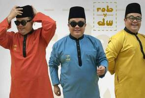 Large clothes help large people look good for Aidilfitri