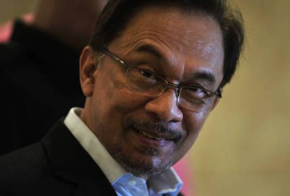 Penulis berkata perbezaan pendapat dalam kalangan pemimpin PKR berpunca dari cara dan pendekatan atau method Ketua Umum PKR Anwar Ibrahim.