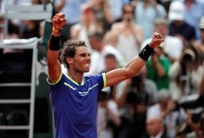 Wimbledon will be complicated, says clay king Rafa