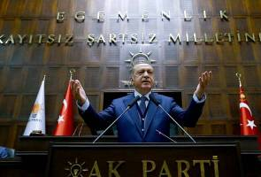 They are traitors to Turkey - Leaders