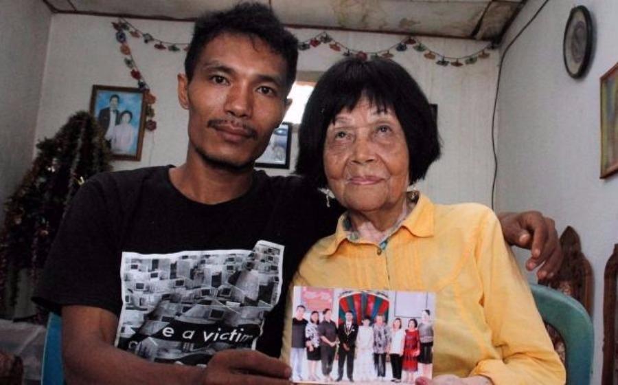 Gara-gara salah panggil, jejaka 28 tahun jatuh cinta dengan nenek 82 tahun