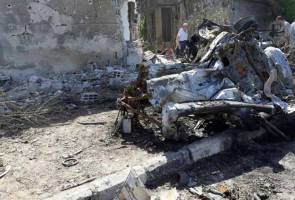 Three car bombs hit Damascus, killing a number of people