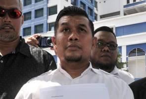 """Perhaps Siti Nurhaliza should ask Datuk K when they are heading to Palestine?"" - Armand"