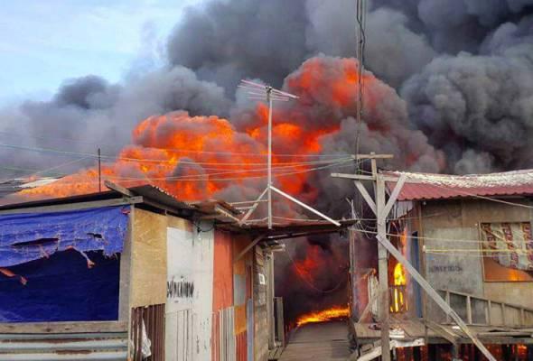 Lebih 250 rumah di Tawau hangus dalam kebakaran